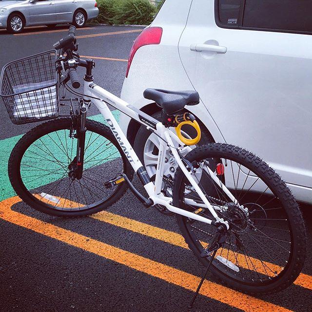 車を出すほどでもない距離に、スーパーやお店が出来たので自転車を買いました。平地は快適です。 (Instagram)