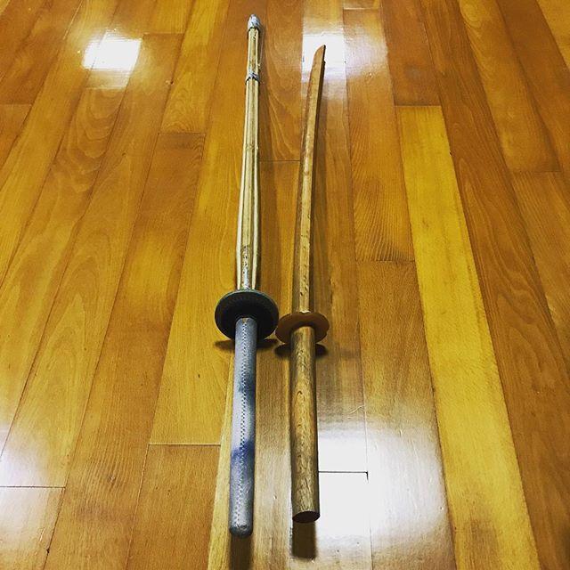 竹刀重さを軽いのをしばらく使っていたら、稽古後に肘が少し痛む気がする。だから、程よい重さ竹刀に戻して稽古をしてみよう。 (Instagram)