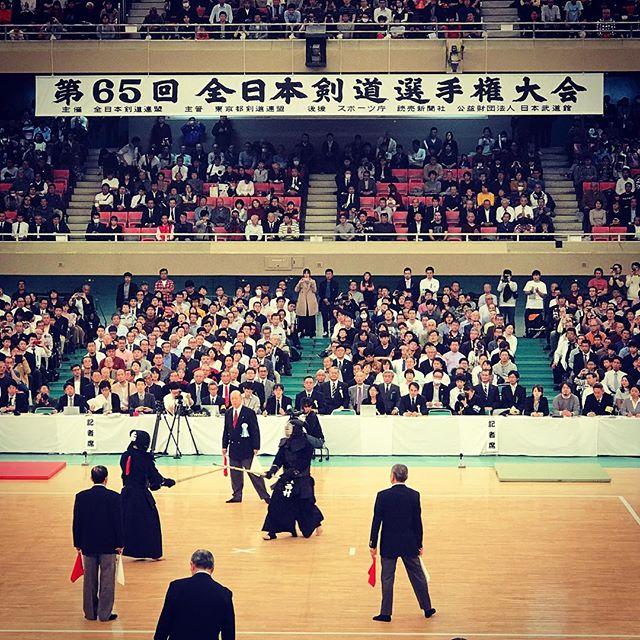今日の大会も展開の早い試合も多く、決勝戦は思わず声が出てしまうような試合だった。お世話になった皆さんありがとうございました。 (Instagram)
